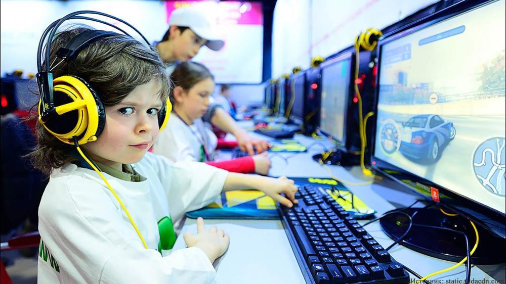 Российских школьников разрешили обучать киберспорту