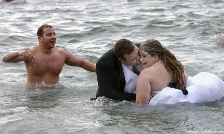 30 очень смешных свадебных фото