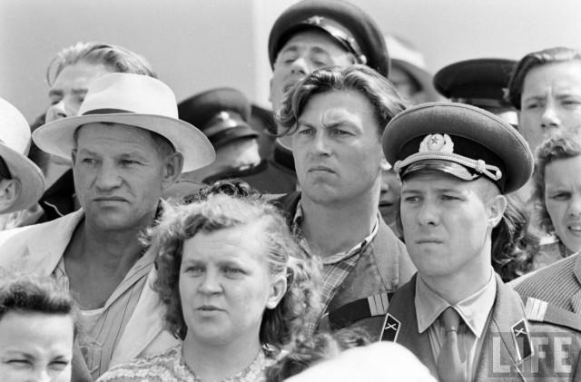 6 признаков, которые выдавали иностранцам советского человека