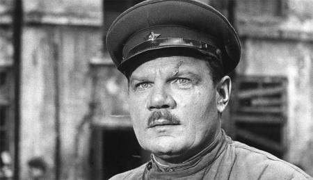 12 артистов, которые воевали на фронтах Великой Отечественной