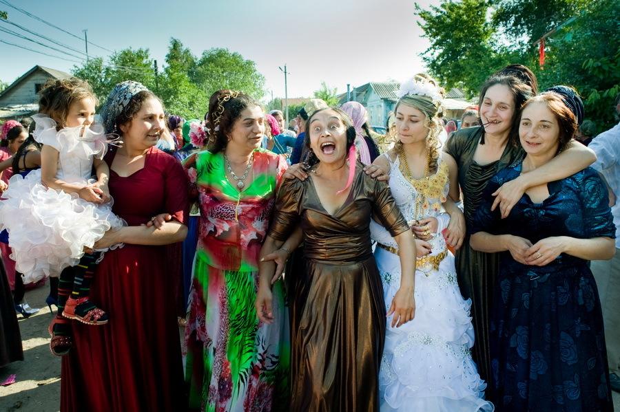 Что делают с цыганкой в день свадьбы: сложно поверить